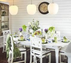 Làm mới những chiêc ghế gỗ cho căn phòng thêm đẹp hơn