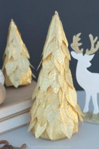 Trang trí nón cây cho căn phòng Noel thêm đẹp
