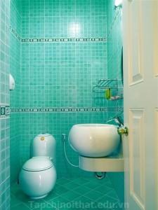 Phòng tắm dịu mắt với màu ngọc lục bảo