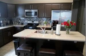 Sơn màu tối cho nhà bếp