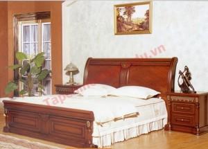 """Đầu giường không nên để """"lộ không"""" có nghĩa là đầu giường được kê một cách chóng vánh"""