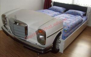 hững bé trai sẽ thích mê mẫu giường ô tô kiểu này.
