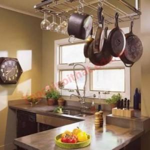 Bồn rửa thường được đặt ôm sát tường và bố trí gần bếp để tạo thuận lợi khi làm bếp