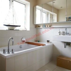 Gương giúp nhân đôi diện tích cho phòng tắm nhỏ.