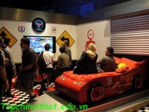 Phòng đua xe