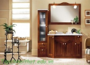 Phòng tắm ấm áp với nội thất gỗ