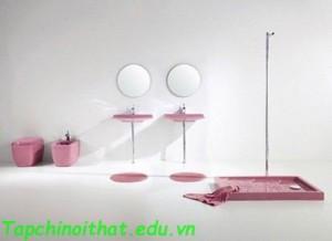 Phòng tắm đơn giản và phong cách từ Aquaplus