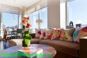 Không gian phòng khách đầy màu sắc