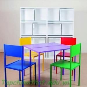 """Tủ lưu trữ """"bàn ghế"""" sáng tạo của Orla Reynolds"""