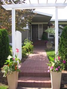 Lối đi chính là cầu nối để đưa nguồn năng lượng tích cực vào trong nhà