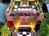 Ánh sáng trên mái nhà cho khu vườn thêm đẹp