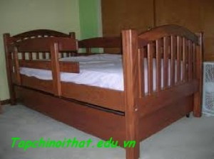 Giường có thanh chắn