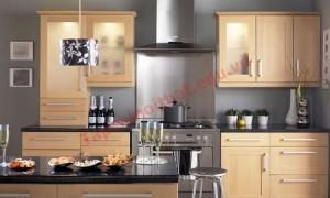 Hãy chọn những tông màu nhạt, màu trung tính cho căn bếp