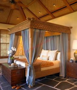 Sử dụng giường có kkhung cho phòng ngủ lãng mạn