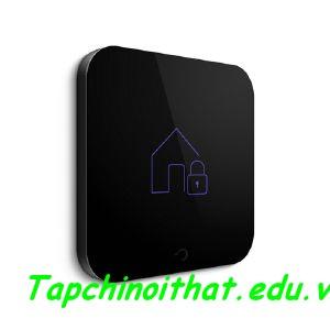 Ngoài ra, Goldee cũng tự động mô phỏng sự hiện diện của bạn nếu thiết bị ghi nhận bạn vắng nhà hơn 2 ngày với mục đích bảo mật.