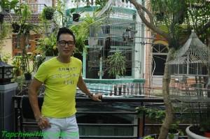 Thăm ngôi nhà rực rỡ của ca sĩ Nguyễn Hưng