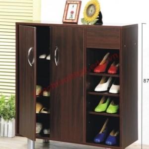 Tủ giày, dép không được cao hơn 1/3 độ cao tường nhà.